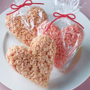 sweet-heart-crispy-treat-valentines-day-recipe-photo-420-FF0202ALM4A01
